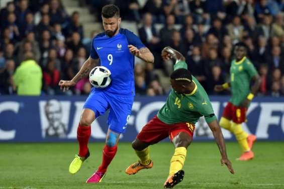 Euro-2016: Deschamps trouve les sifflets contre Giroud