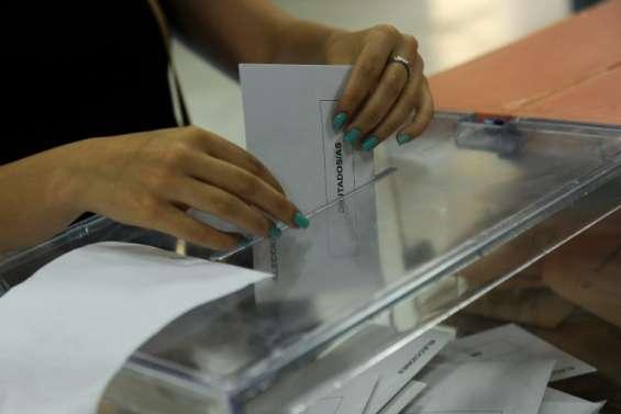 Les conservateurs en tête des élections en Espagne, Unidos Podemos deuxième force (sondage sortie des urnes)