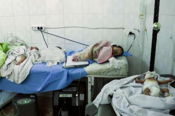 A peine nés, ils échappent aux bombes et à la mort à Alep