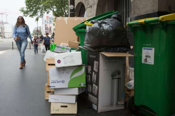 Grève des éboueurs: la Ville de Paris