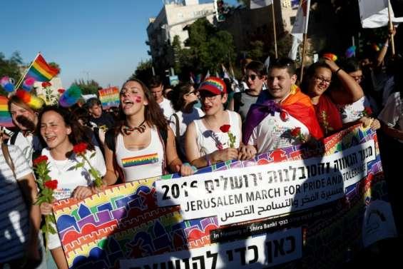Sous haute surveillance, la Gay Pride de Jérusalem réunit un record de participants