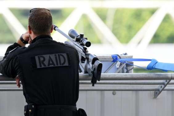 Rouen: deux preneurs d'otages