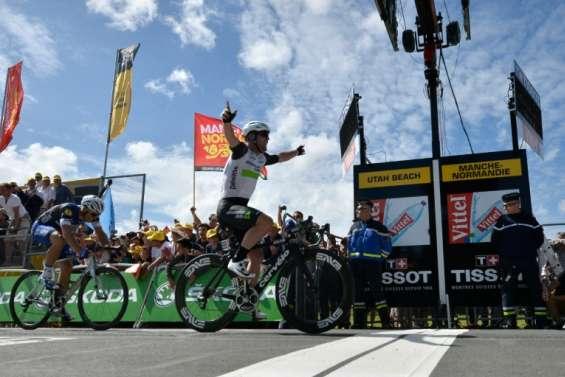 Tour de France: Cavendish remporte la 1e étape et endosse le maillot jaune