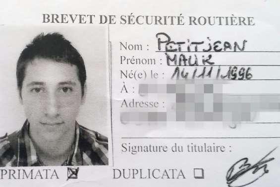 Ce que l'on sait des deux jihadistes de l'attaque de Saint-Etienne-du-Rouvray