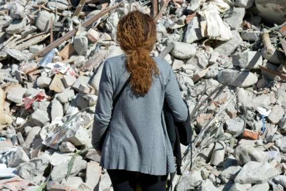 Italie: journée de deuil national et funérailles de victimes du séisme