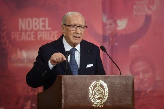 Tunisie: Youssef Chahed, 40 ans, chargé de former un gouvernement d'union