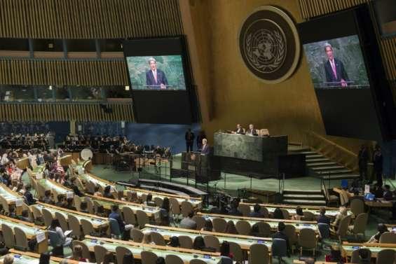 Attaques chimiques en Syrie: Londres et Paris réclament des sanctions