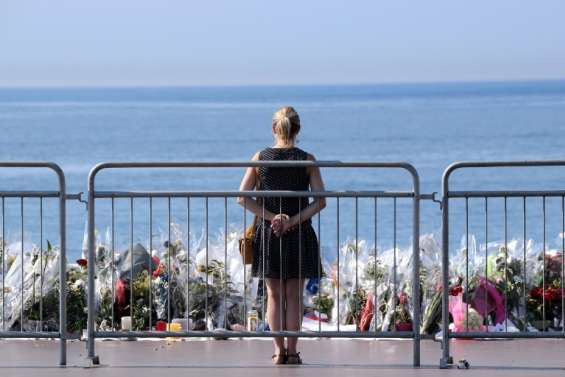 Après l'attentat de Nice, les annulations de festivités se multiplient