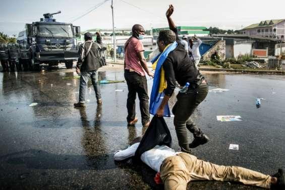 Gabon: Ping annonce 2 morts et des blessés dans l'assaut contre son QG
