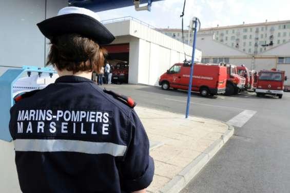 Marseille: un mort et quatre blessés dans la chute d'un canot de sauvetage