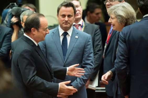 Hollande avertit May que la négociation sera