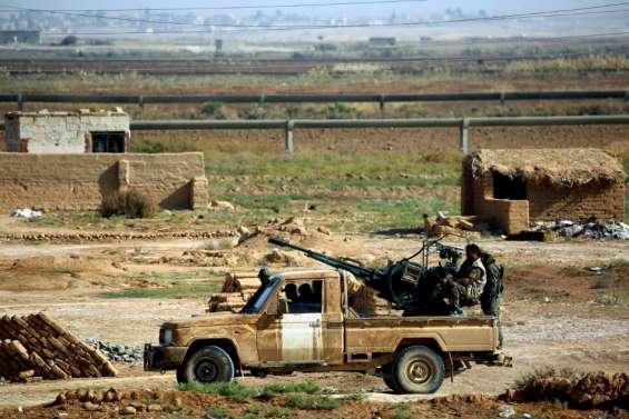 Syrie: combattants kurdes et étrangers pour la bataille vers Raqa