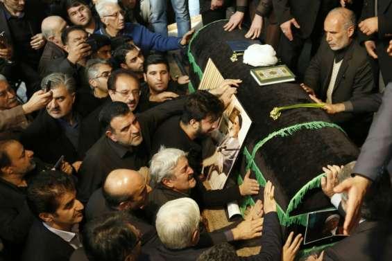 Iran: des milliers de personnes aux funérailles de Rafsandjani