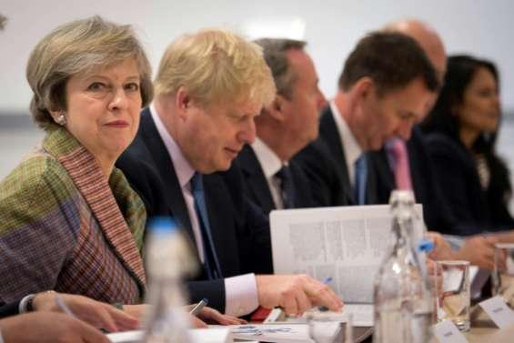 Brexit: le Parlement britanique devra approuver l'activation