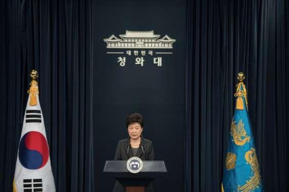 Corée du Sud: la présidente destituée quitte le palais