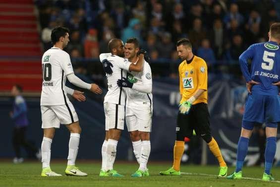 Coupe de France: le Paris SG, double tenant du trophée, en demi-finales