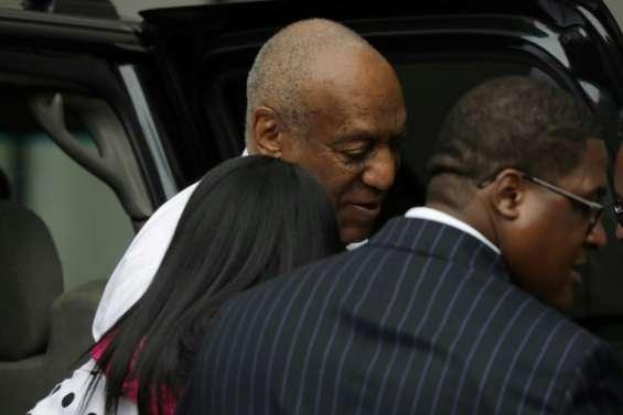 Ouverture du procès Cosby, une première victime témoigne