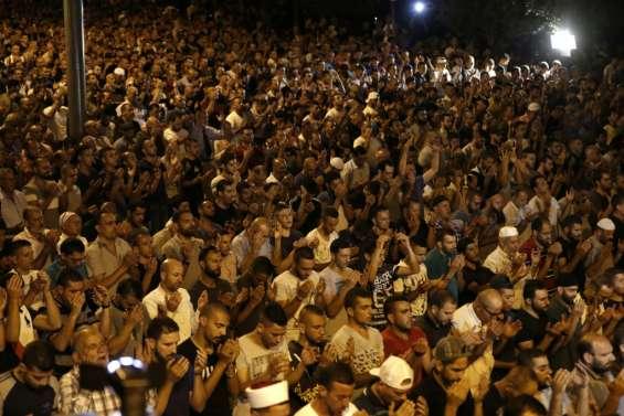 La crise sur l'esplanade des Mosquées à Jérusalem doit être résolue d'ici vendredi