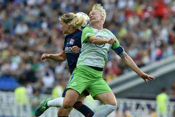 Ligue des champions dames: Lyon et Wolfsburg en prolongation