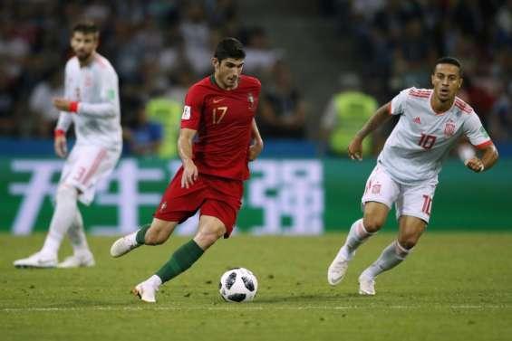 Mondial-2018: Guedes à nouveau titulaire aux côtés de Cristiano Ronaldo
