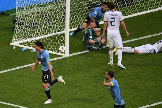 L'Uruguay finit en tête du groupe A, 2e place pour la Russie battue 3-0