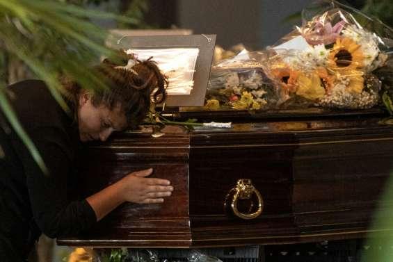 L'Italie dit adieu aux victimes du pont effondré