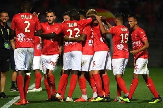 Ligue 1: Marseille humilié 3-1 par le promu Nîmes lors de la 2e journée
