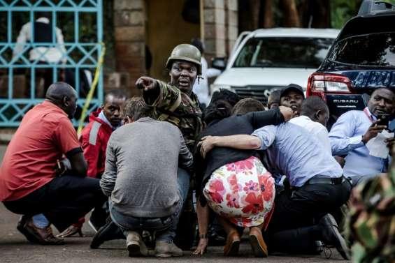 Déminage et nouvelles arrestations après l'attaque jihadiste de Nairobi