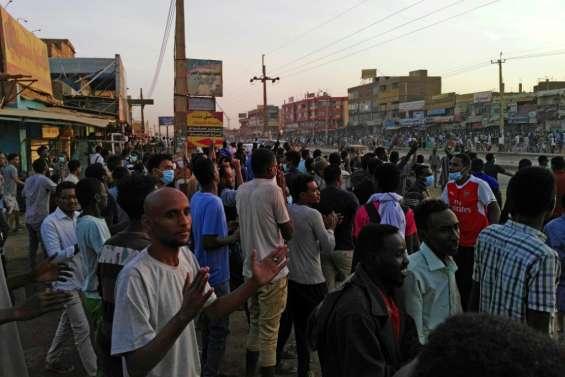 Soudan: la police disperse des manifestants marchant vers la présidence