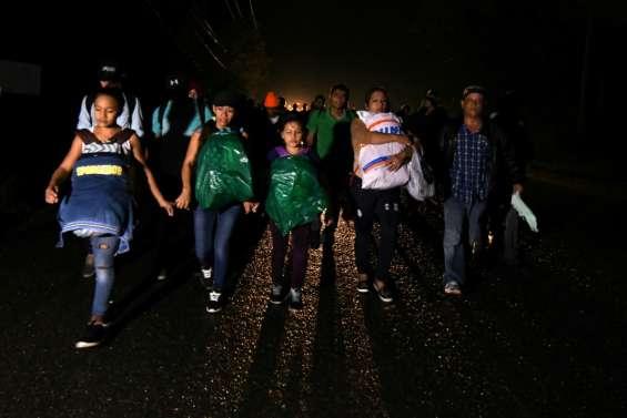 Honduras: un millier de migrants prennent la route des Etats-Unis