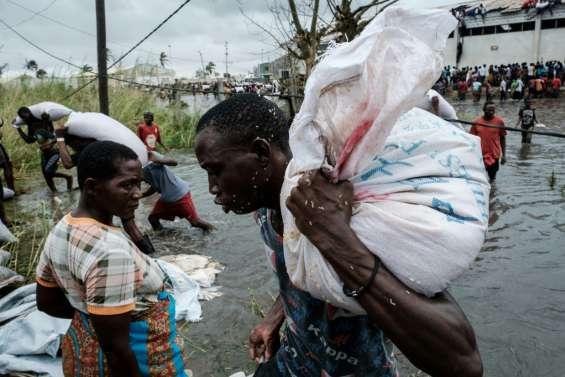 Cyclone en Afrique australe: distribution chaotique de l'aide,