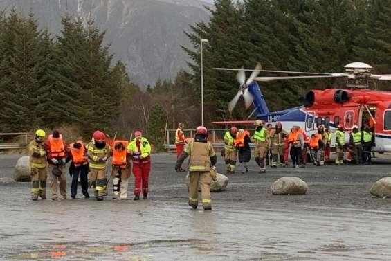 Paquebot en difficulté en Norvège: trois des quatre moteurs ont redémarré