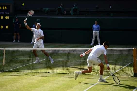 Tennis: Djokovic-Federer, 1re finale de Wimbledon décidée au tie-break à 12 jeux partout