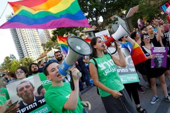 Israël: appels à limoger un ministre favorable aux thérapies de