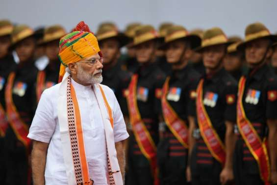 Inde: Modi clame avoir fait oeuvre de