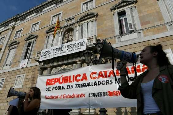 Espagne: jusqu'à 13 ans de prison pour les indépendantistes catalans