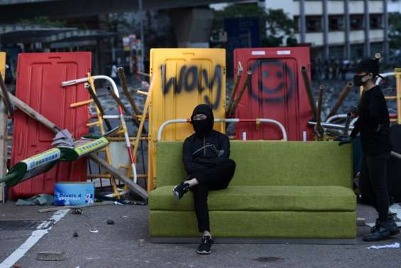 A Hong Kong, calme relatif après une semaine de chaos