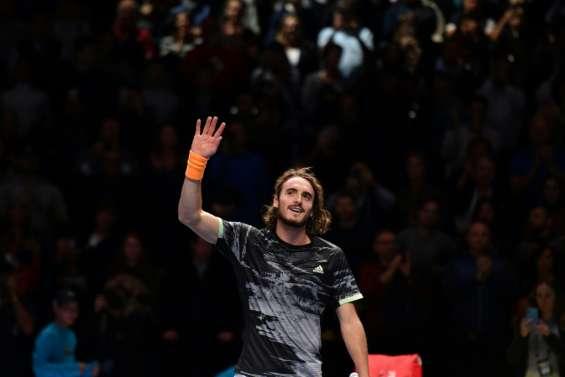Masters: Tsitsipas bat Federer et se qualifie pour la finale