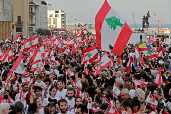 Les Libanais dans la rue dans l'espoir d'une nouvelle