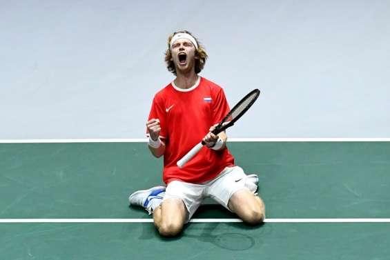 Coupe Davis: la Russie en demies, la Serbie abattue