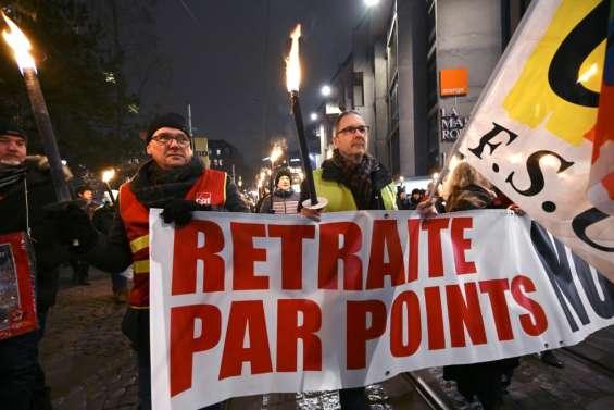 Retraites: la réforme en Conseil des ministres, ses opposants de nouveau dans la rue