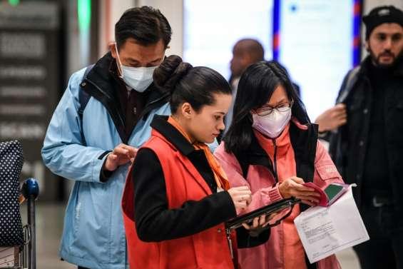 A Roissy, les passagers venant de Chine étonnés du dispositif sanitaire