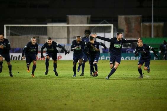 Coupe de France: Belfort terrasse Montpellier, Monaco enfoncé par Saint-Etienne