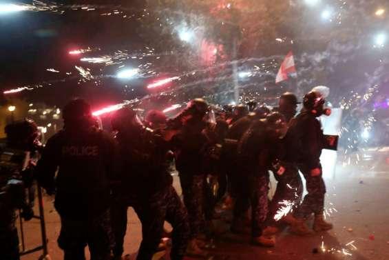 Liban: plus de 220 blessés dans des heurts entre manifestants et forces de l'ordre