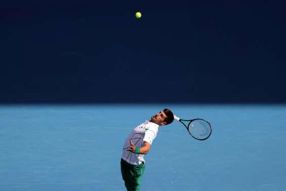 Open d'Australie: Djokovic survole, Gauff retombe sur terre