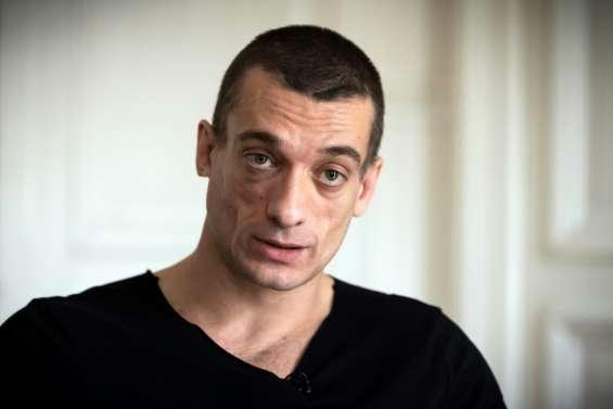 Piotr Pavlenski risque la détention provisoire, pour des violences le 31 décembre