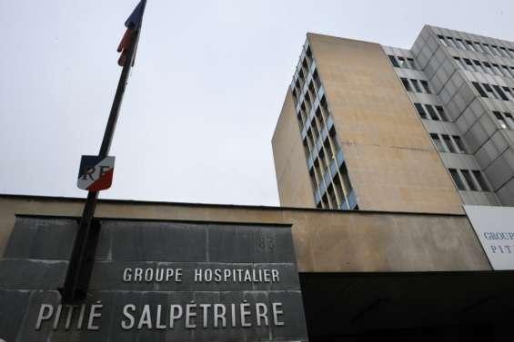 Coronavirus: visite d'Emmanuel Macron à l'hôpital de la Pitié-Salpêtrière