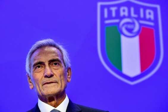 Italie: la fédération de football veut que la saison aille au bout, même en août
