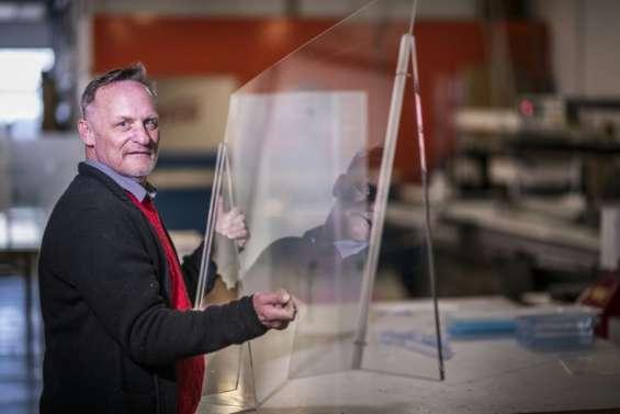 En Allemagne, une entreprise de plexiglas inondée de commandes pour des 'parois antivirus'