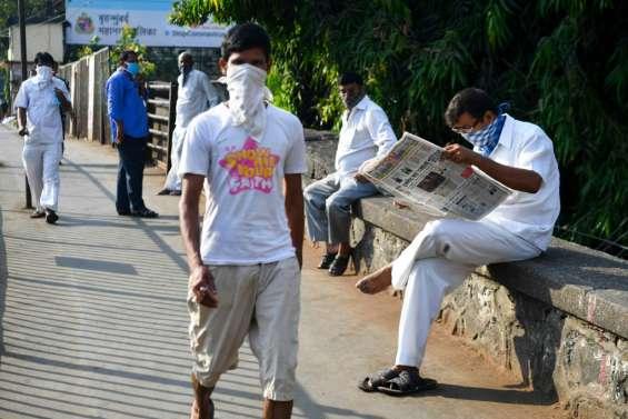 Nulle part où aller: le bidonville indien de Dharavi au piège du coronavirus